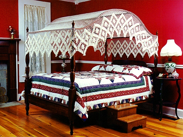 Diamond Diamond Arch Canopy & Hand Tied Bedding - Arch Fishnet Bed Canopies