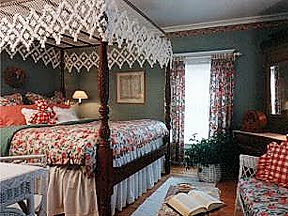 White Lace Inn & Hand Tied Bedding - Gallery of Rooms Two - Fishnet Bed Canopies